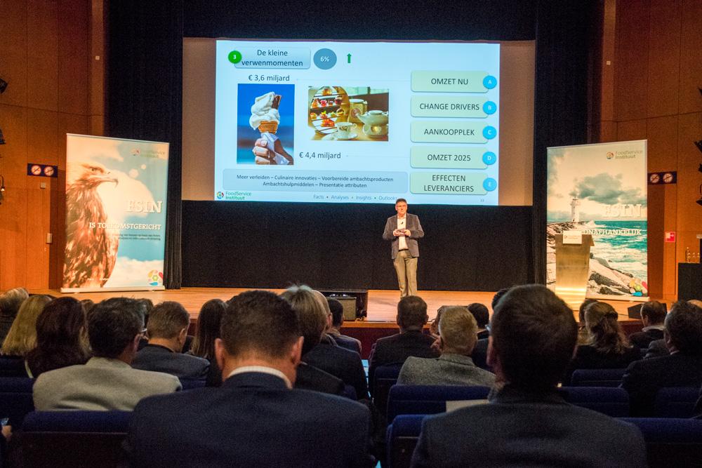 Presentatie van Jan-Willem Grievink op het zomercongres van de FSIN.